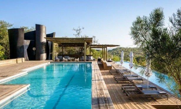 singita-lebombo-lodge-pool-992x600
