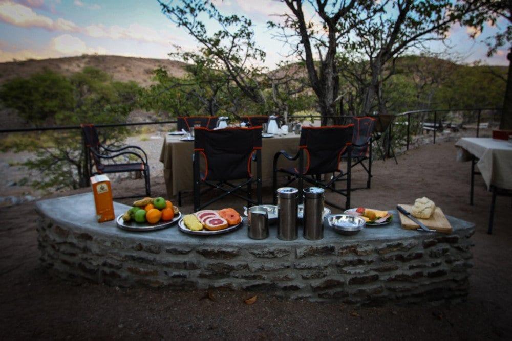 huab-under-canvas-breakfast-spread