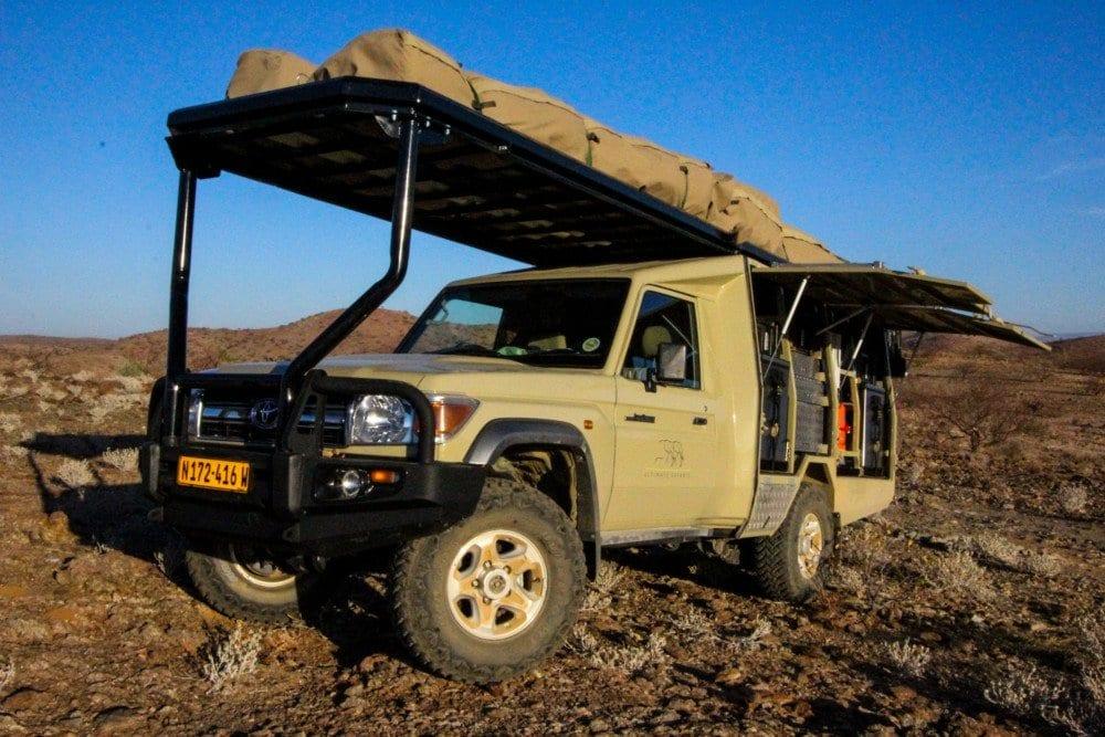 journeys-under-canvas-back-up-vehicle